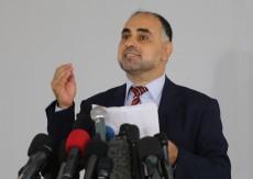 """الأزرق تنفي تجميد عضوية """"فايز أبو عيطة"""" من المجلس الثوري لحركة فتح"""