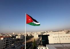 16 وفاة و706 إصابات بفيروس كورونا في الأردن