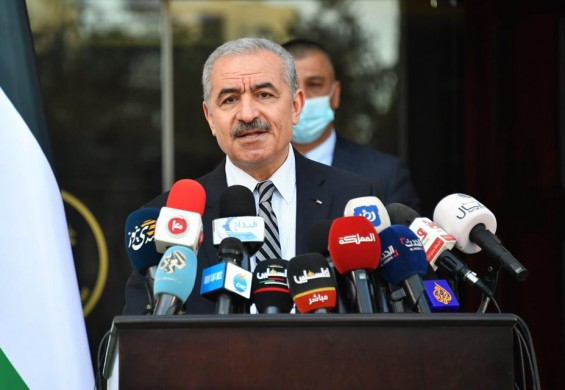 اشتية: وفد وزاري إلى الخليل غدا لمتابعة الوضع الصحي وتقديم تقرير شامل للحكومة حول الحالة هناك
