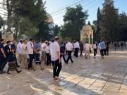 مستوطنون يقتحمون باحات المسجد الأقصى
